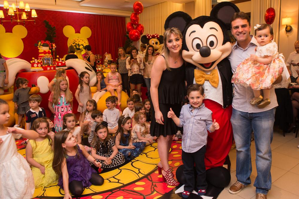 021_festa_infantil_disney_curitiba_mickey_minnie_graciosa_guswanderley.jpg