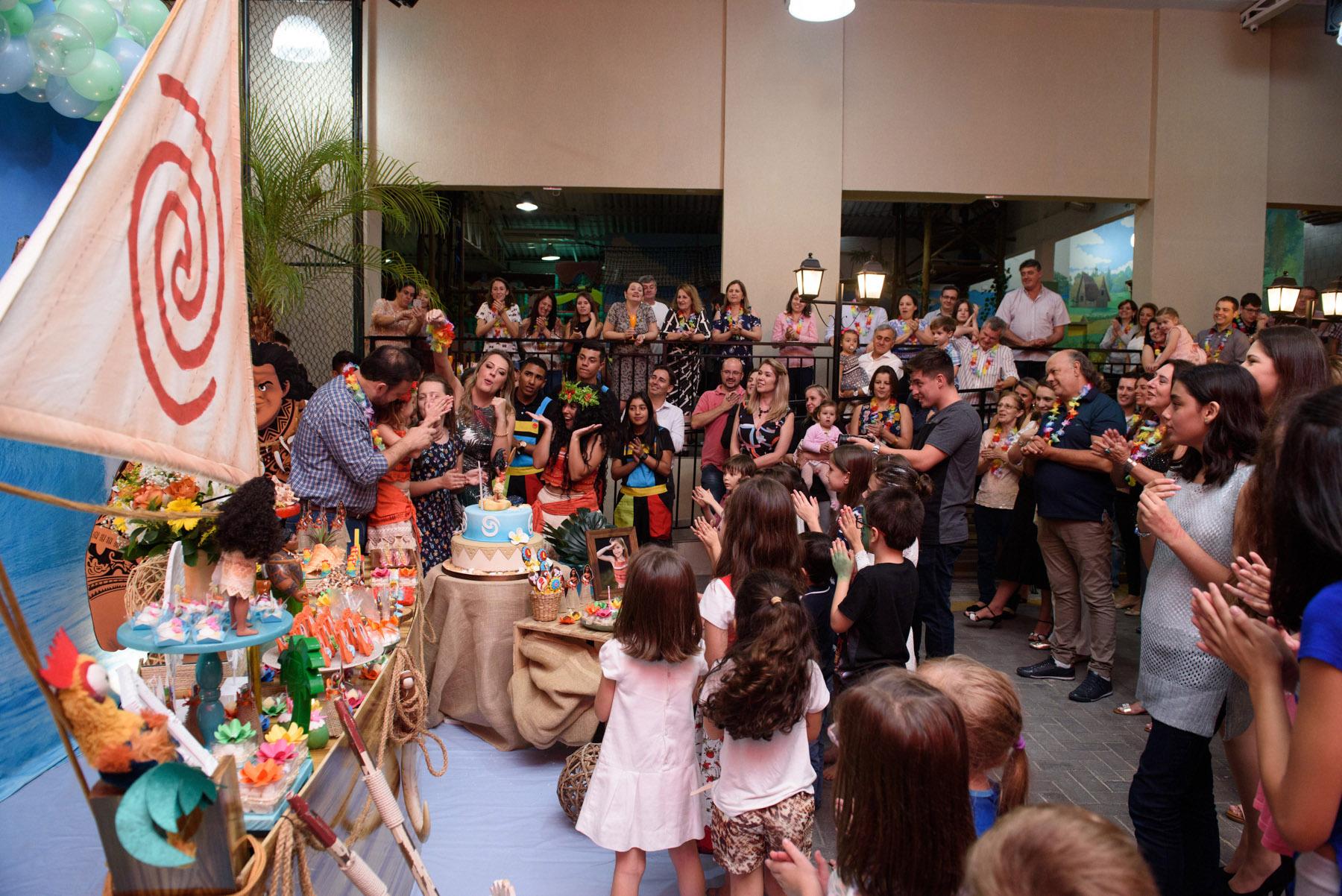 015_fotografia-aniversario-infantil-moana-curitiba-buffet-brigadeiro-guswanderley.jpg