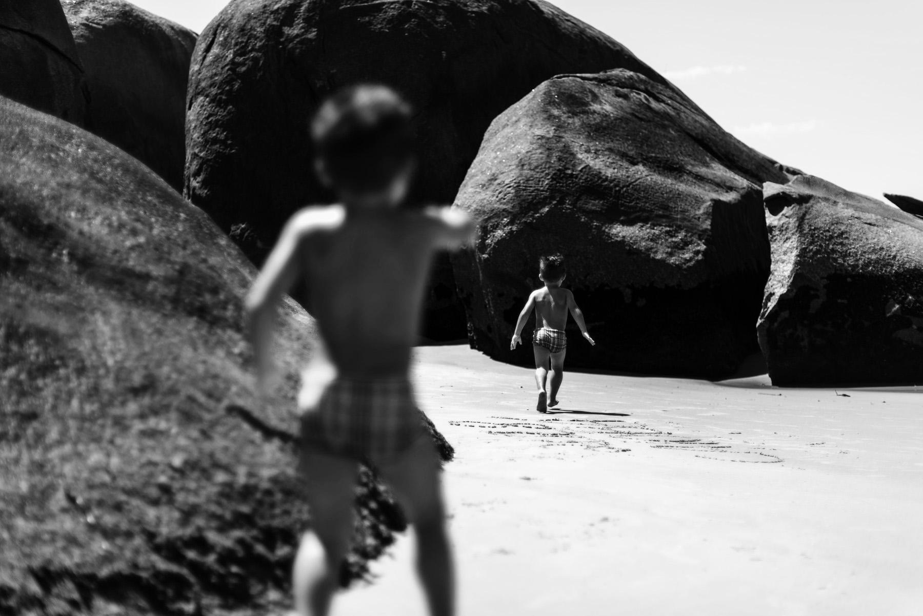 07-ensaio-familia-praia-caioba-parana-fotografo-criancas-guswanderley.jpg