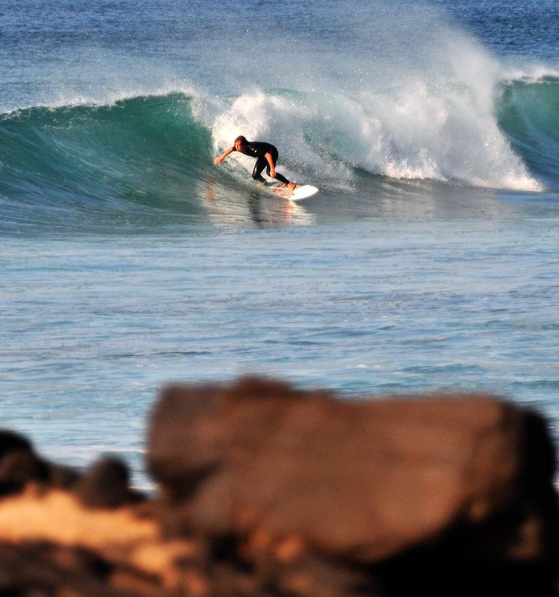 ....Las mejores olas a este lado del océano..The best waves on this side of the ocean..Le migliori onde su questo lato dell'oceano.... -