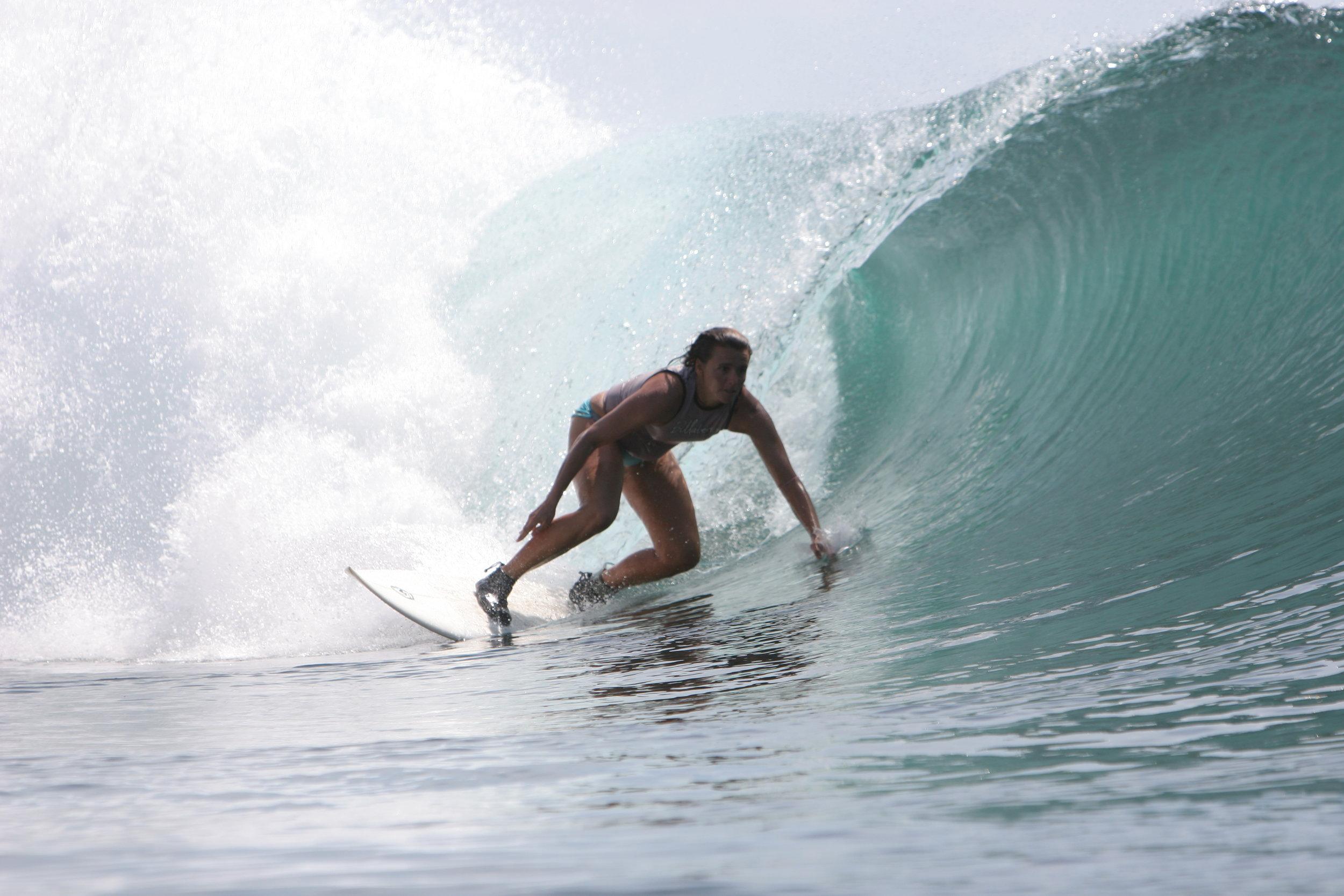 Pilar Beneito    Fuerte Tribu Surf