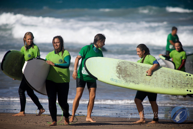 Fuertetribu_surfadaptado_adaptivesurfing_surf_kidsIMG_3492.jpg