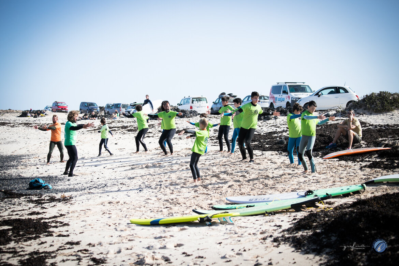 FuerteTribu_surfcamp_navidad_surfkids_surfadaptado_surfskate-4545 (1).jpg