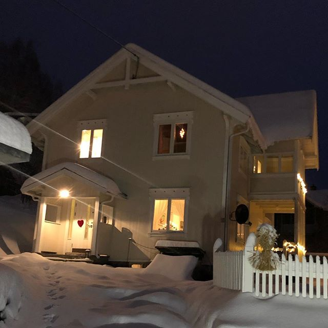 Jul i Gamlevegen🥂🎅🏻 #norway #godmorgennorge