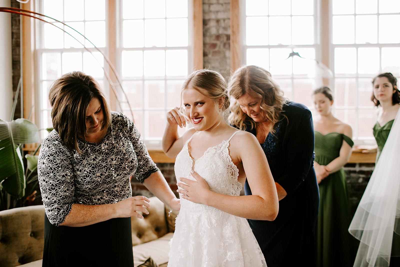 Rachel and Elliot Tinker House Wedding Indianapolis Indiana Emily Elyse Wehner Photography LLC26.jpg