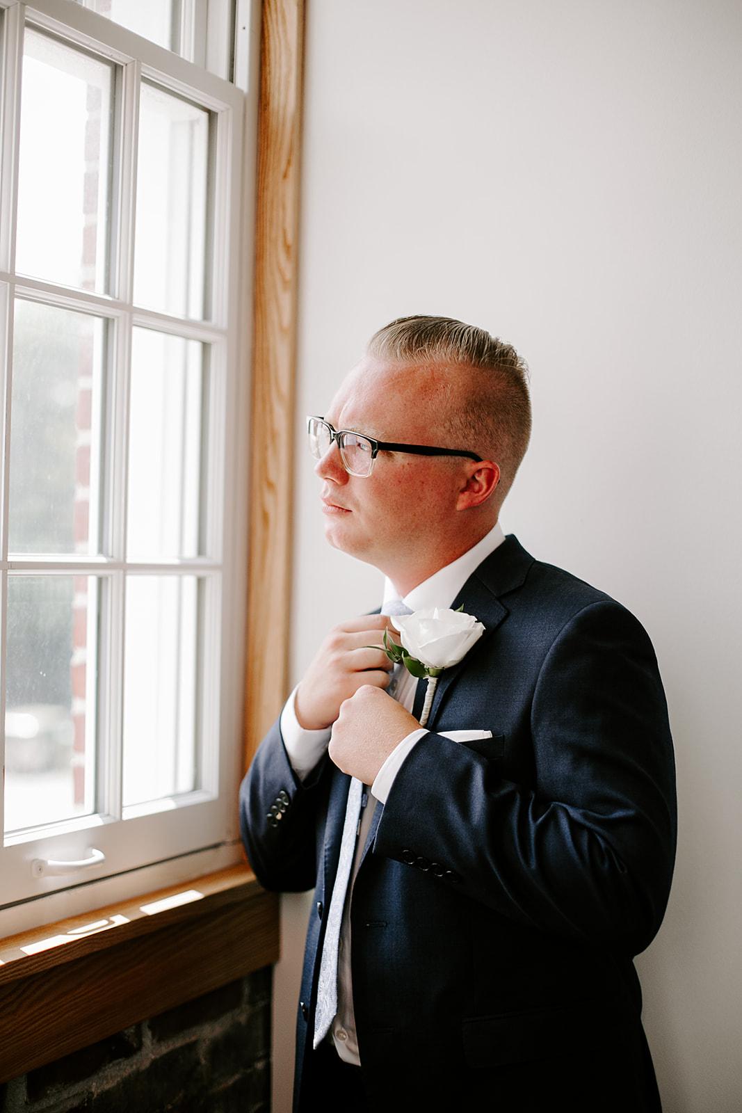 Rachel and Elliot Tinker House Wedding Indianapolis Indiana Emily Elyse Wehner Photography LLC184.jpg
