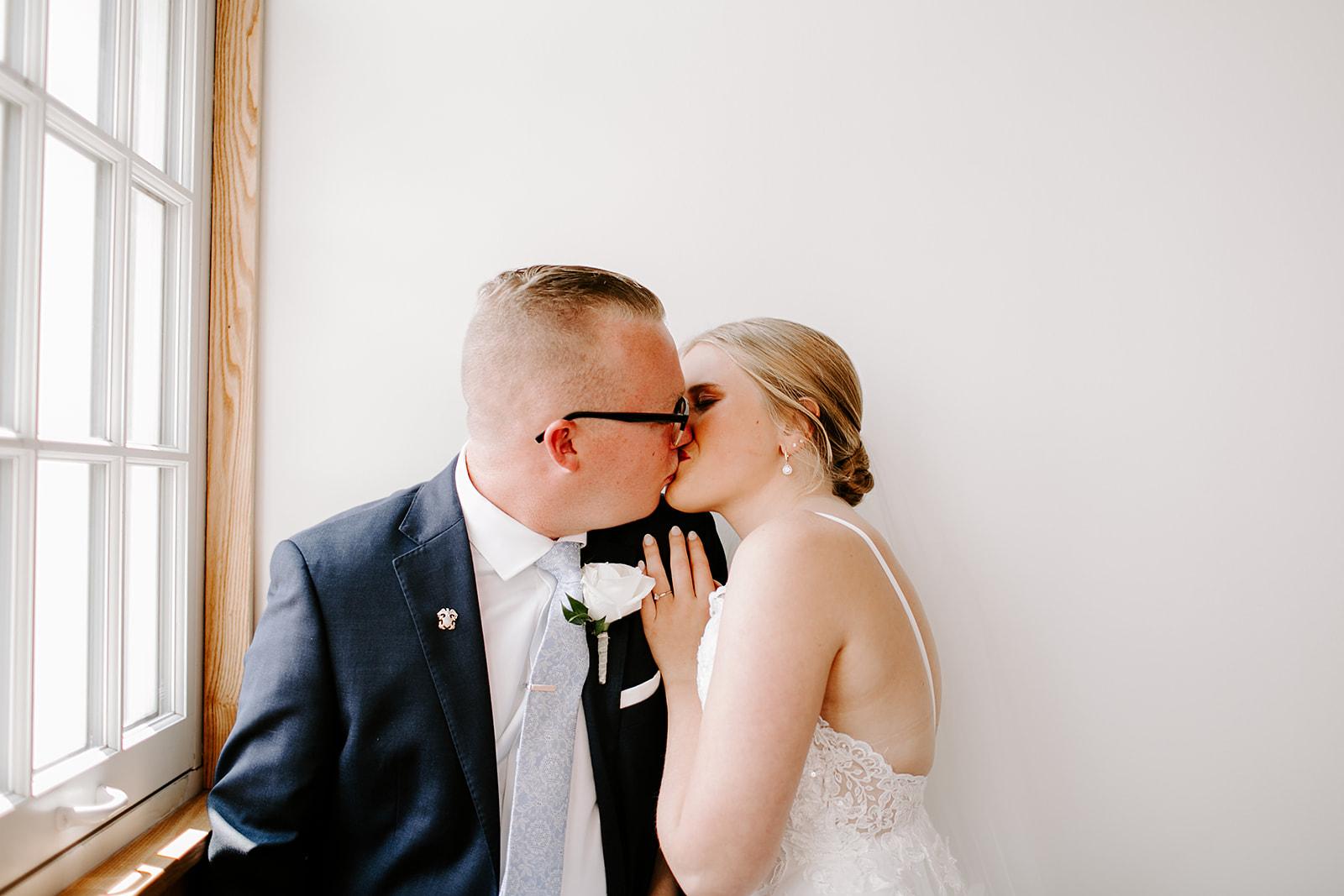 Rachel and Elliot Tinker House Wedding Indianapolis Indiana Emily Elyse Wehner Photography LLC207.jpg