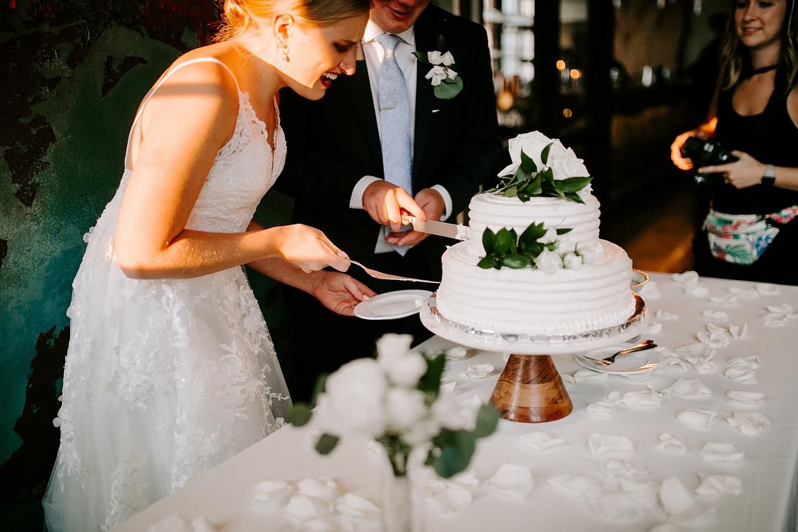 Rachel and Elliot Tinker House Wedding Indianapolis Indiana Emily Elyse Wehner Photography LLC763.jpg