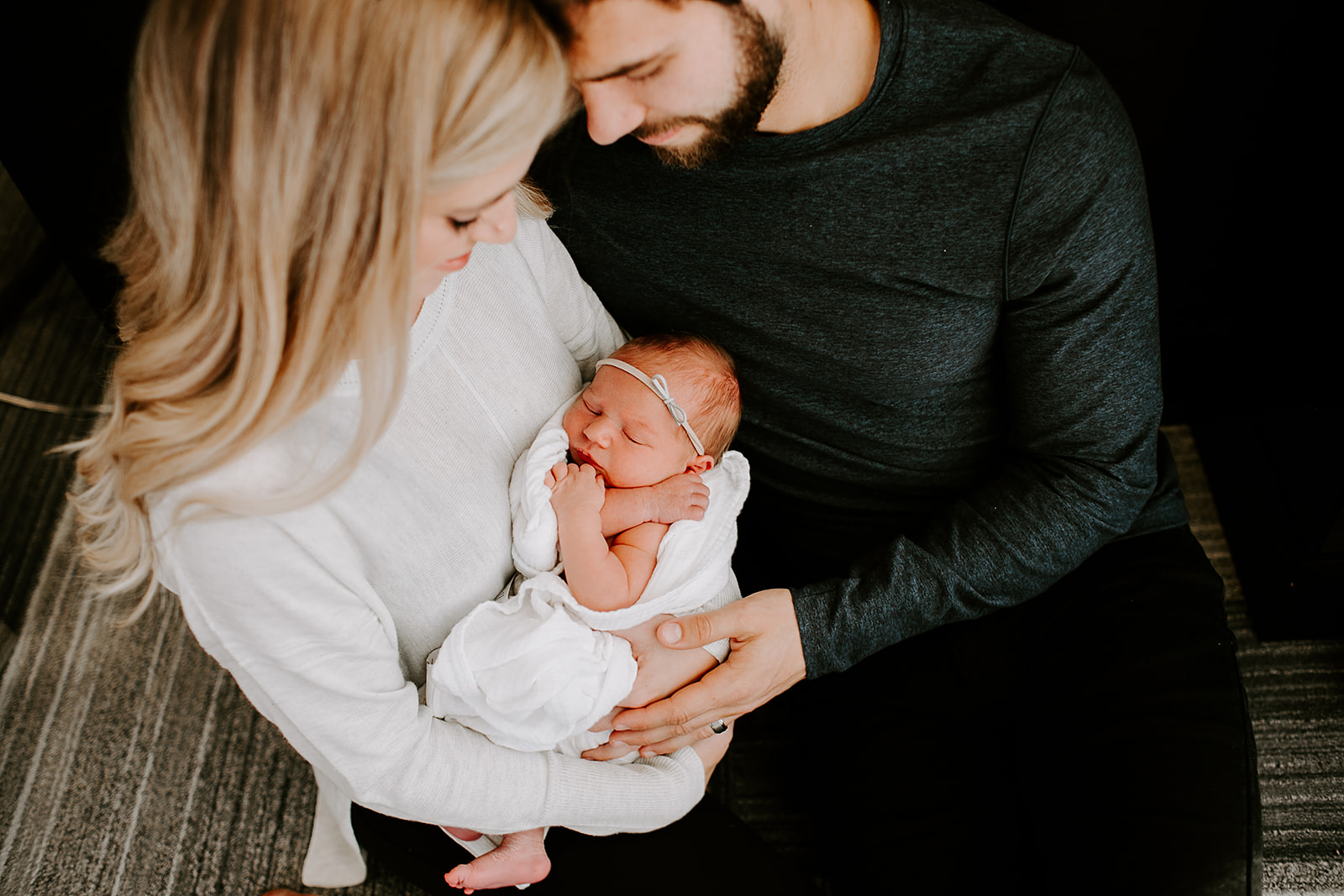 Enzly Mares Newborn Session Indianapolis Indiana Emily Elyse Wehner Photography -240.jpg