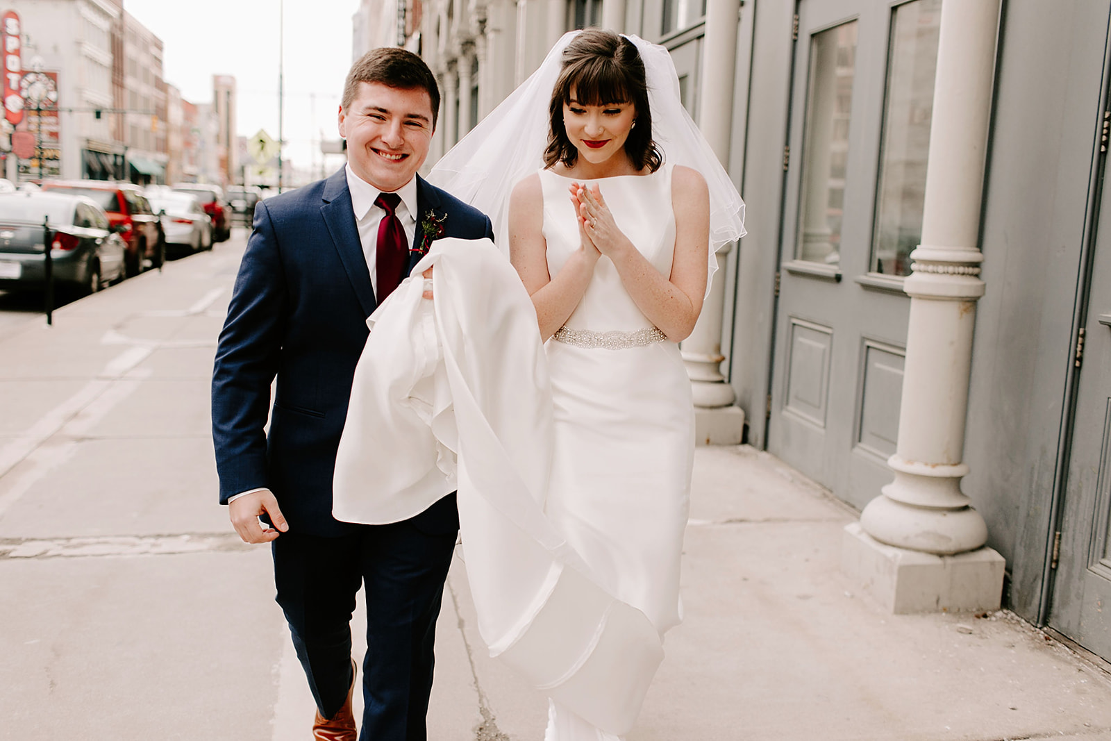 Emily and Davis_ Wedding at Vision Loft Indy in Indianapolis Indiana by Emily Elyse Wehner Photogrpahy LLC-166.jpg