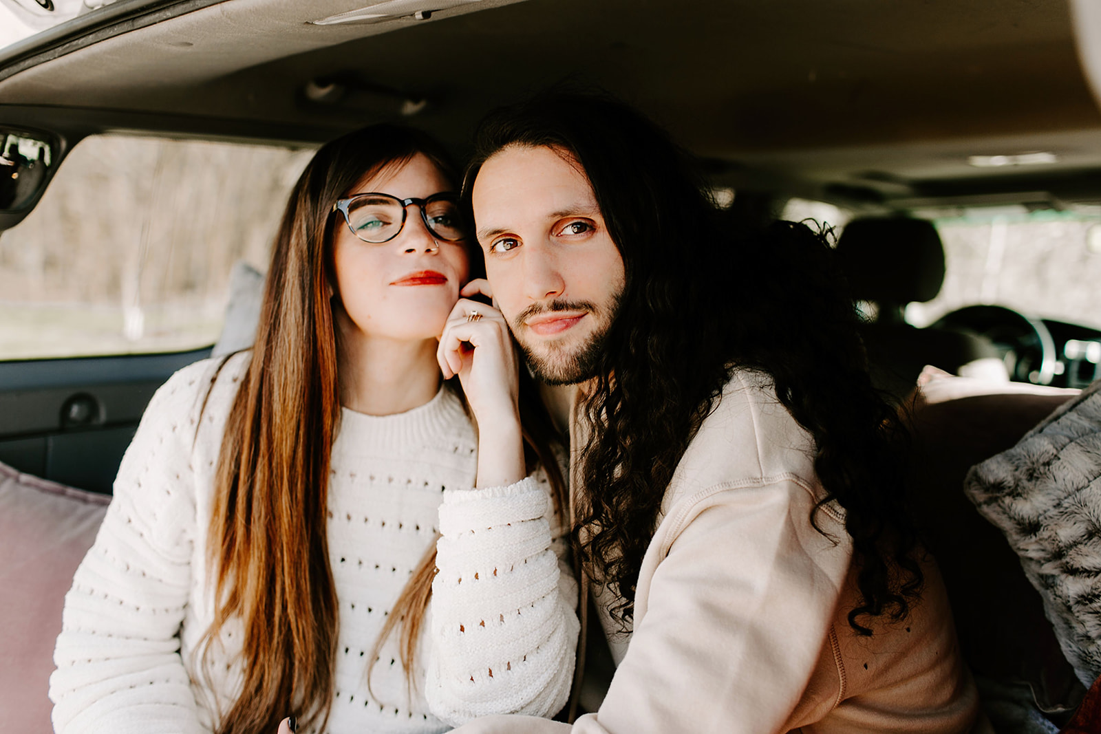 Couples-session-car-Indianapolis.jpg