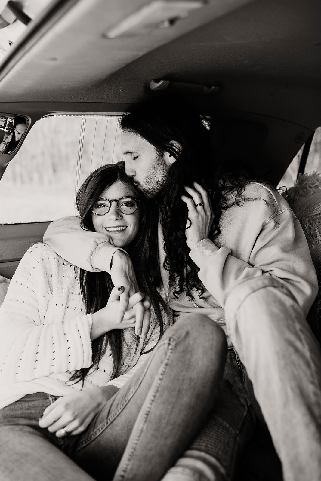 Couples-session-car-Indianapolis-7.jpg