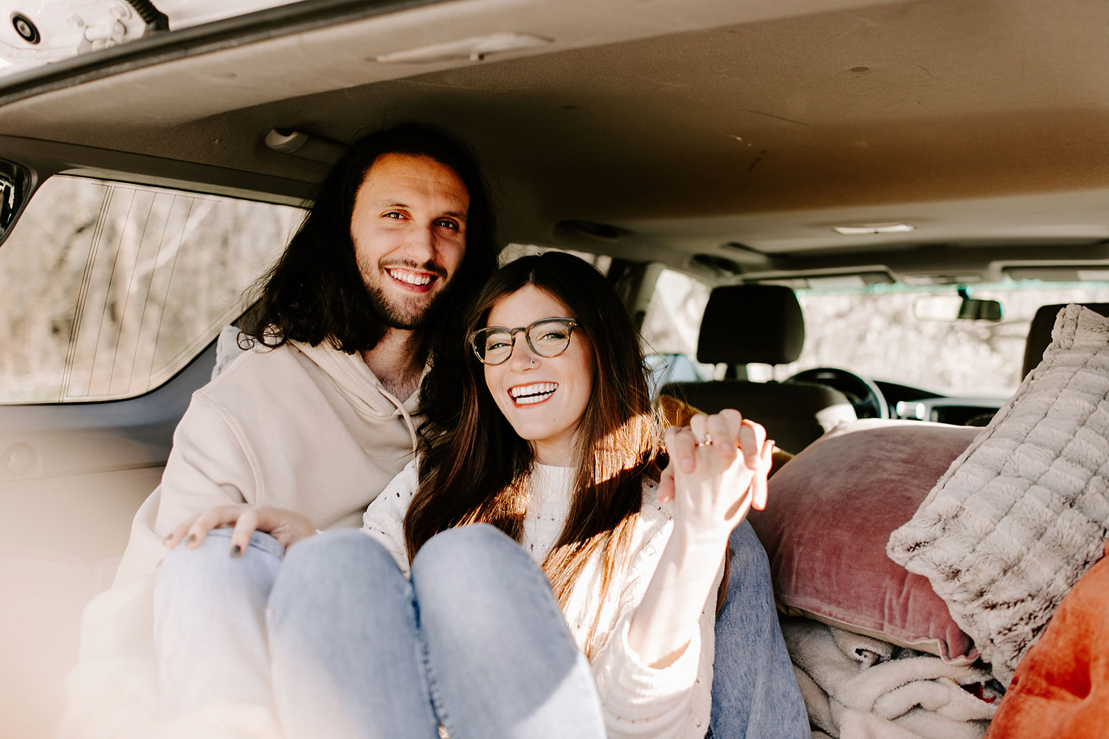 Couples-session-car-Indianapolis-10.jpg