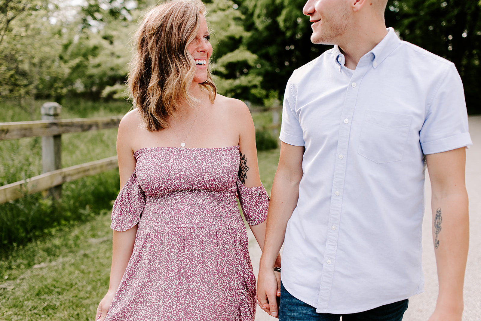 Casie_and_Sean_Maternity_session_at_cool_creek_park_in_Carmel_Indiana_by_Emily_Wehner-163.jpg