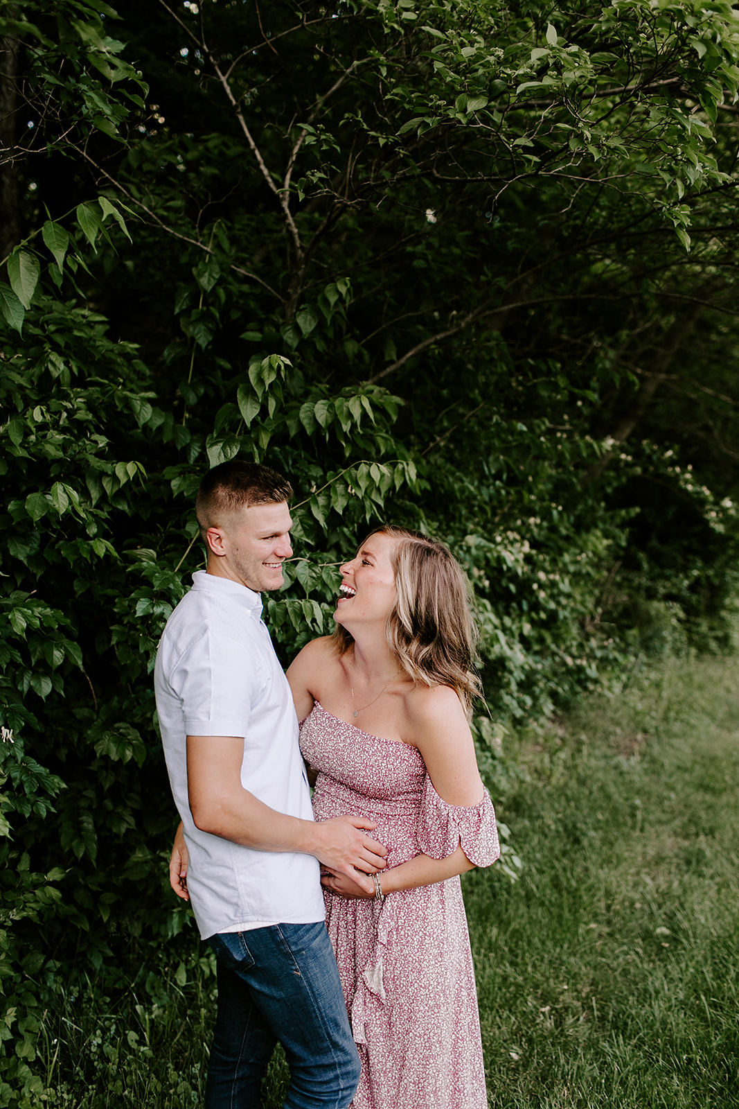 Casie_and_Sean_Maternity_session_at_cool_creek_park_in_Carmel_Indiana_by_Emily_Wehner-204.jpg