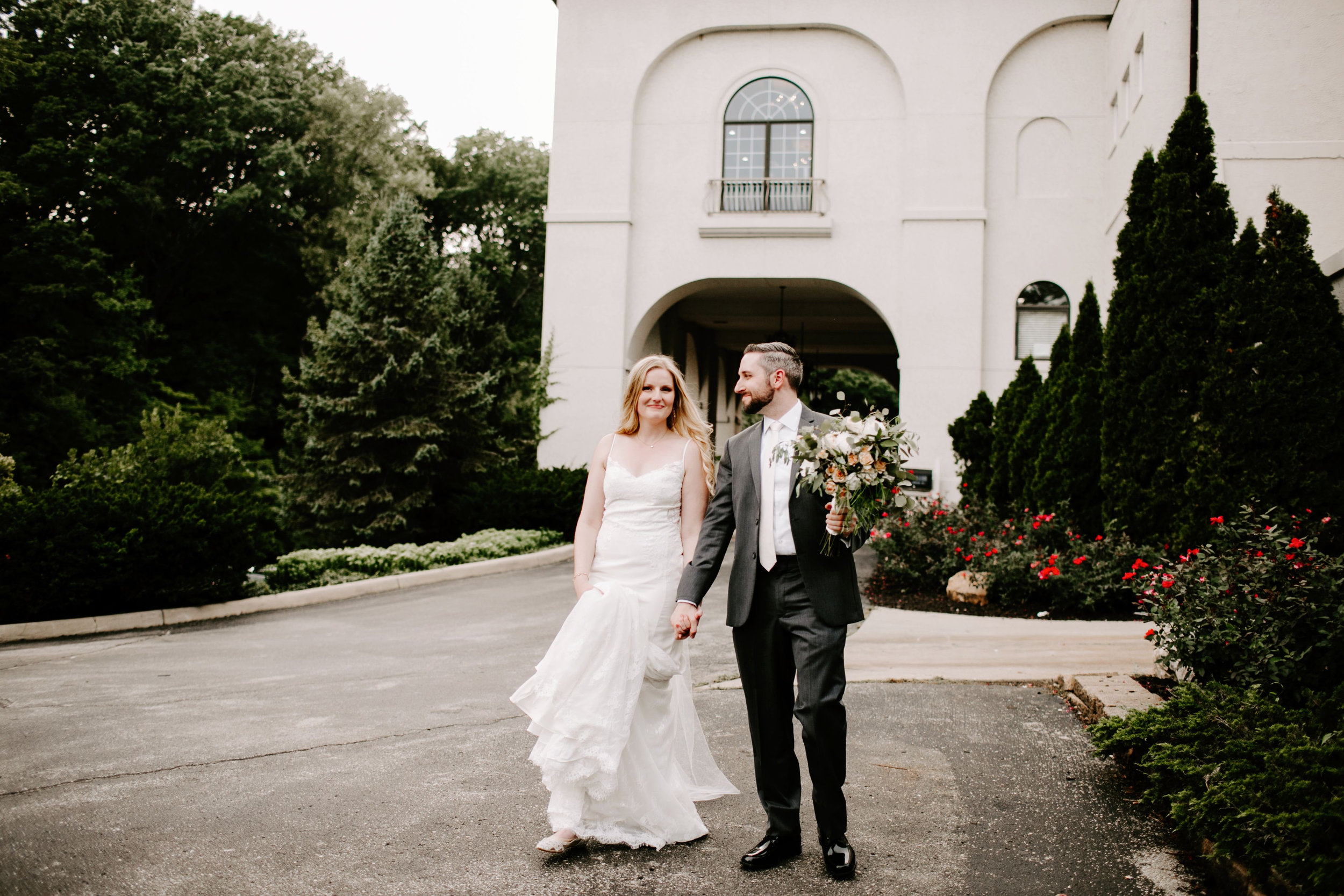Shelby_and_Roger_Hillcrest_Country_Club_Wedding_Indianapolis_Indiana_Emily_Elyse_Wehner_Photography_LLC-624.jpg
