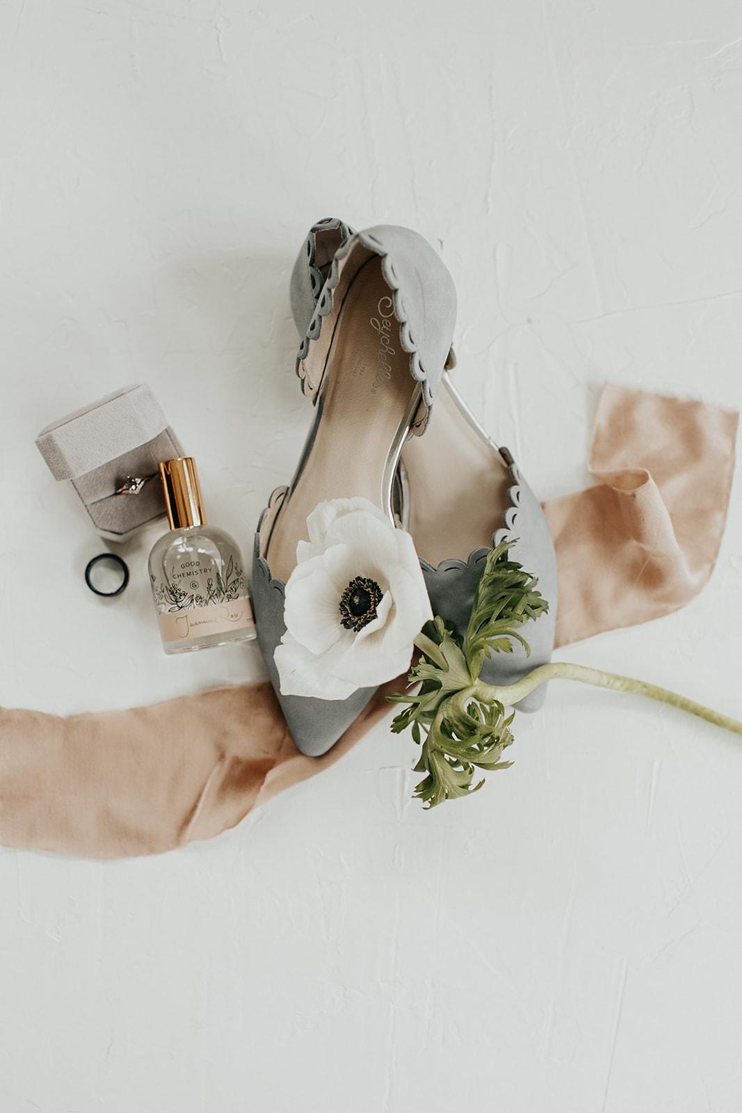 wedding details | Bridal fashion | Yorktown, Indiana Wedding by Emily Elyse Wehner, Indiana wedding photographer