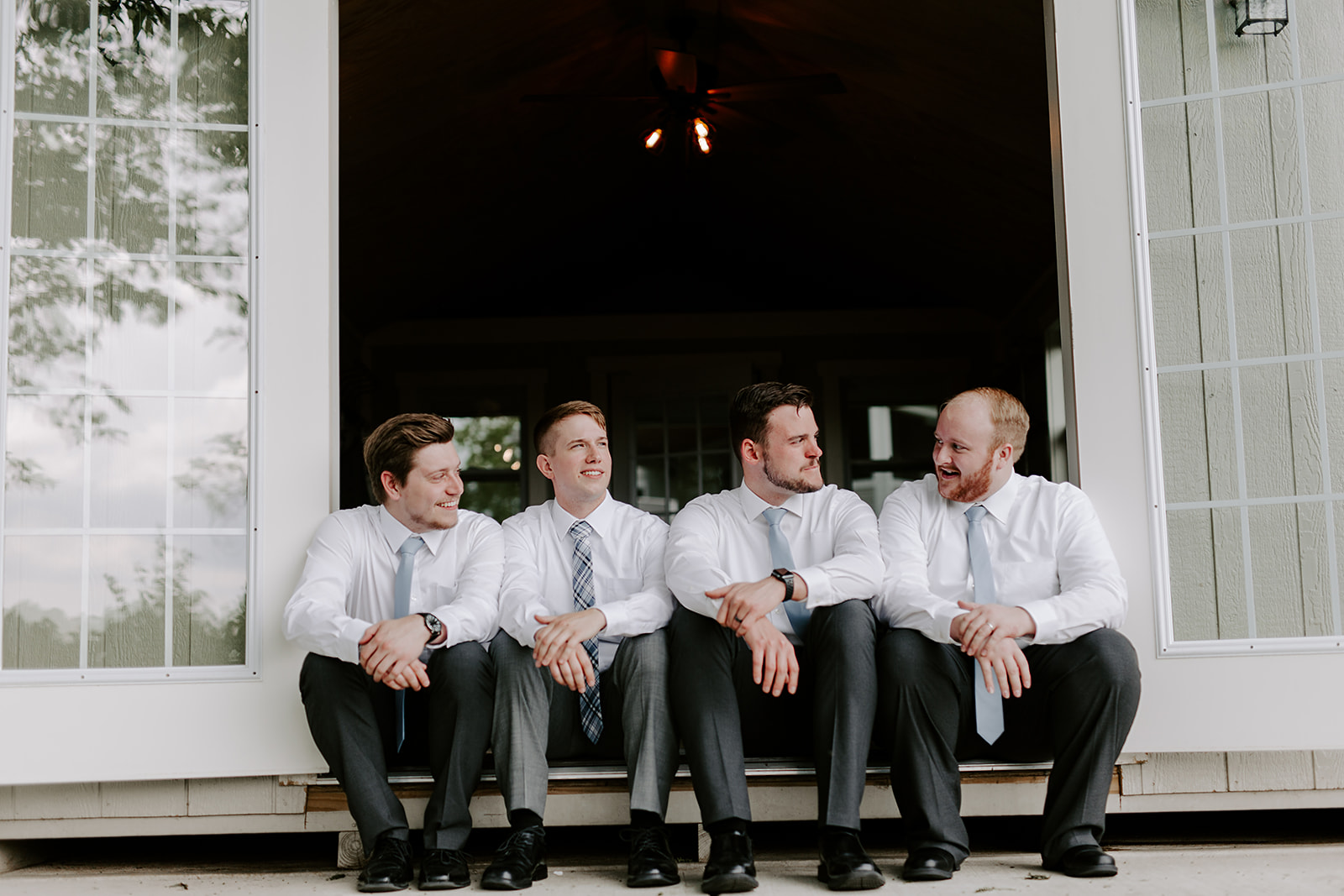 Kendra_and_Mattew_Indiana_Wedding_by_Emily_Wehner-87.jpg