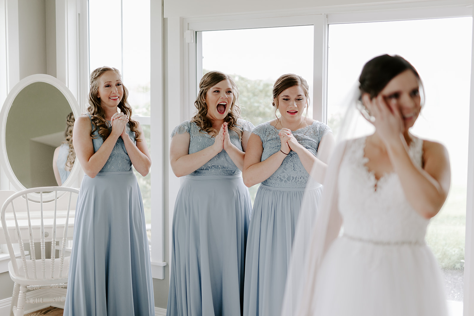 Kendra_and_Mattew_Indiana_Wedding_by_Emily_Wehner-140.jpg