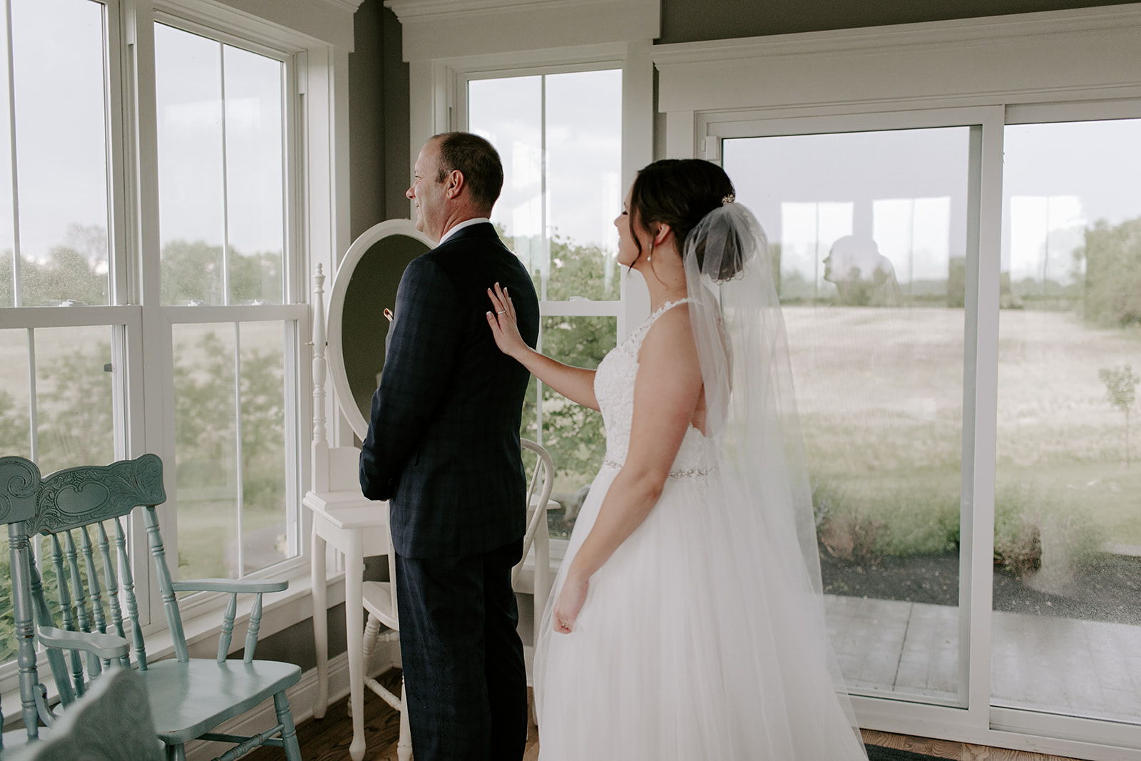 Kendra_and_Mattew_Indiana_Wedding_by_Emily_Wehner-145.jpg