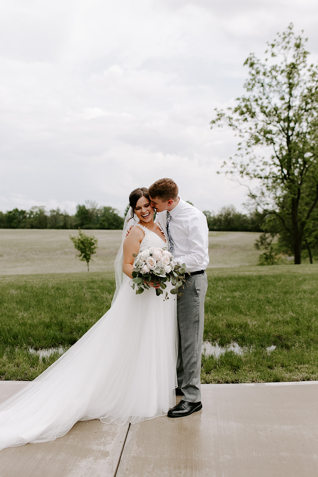 Kendra_and_Mattew_Indiana_Wedding_by_Emily_Wehner-268.jpg