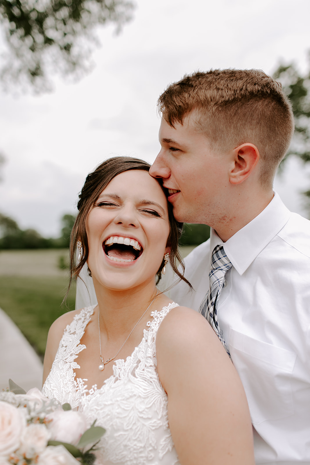 Kendra_and_Mattew_Indiana_Wedding_by_Emily_Wehner-274.jpg
