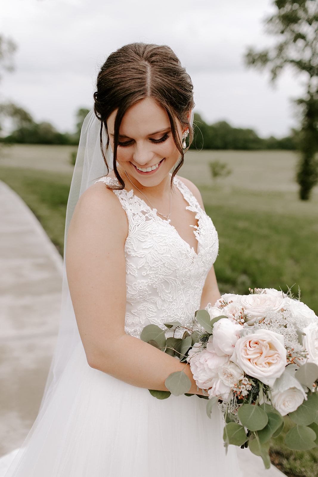 Kendra_and_Mattew_Indiana_Wedding_by_Emily_Wehner-345.jpg