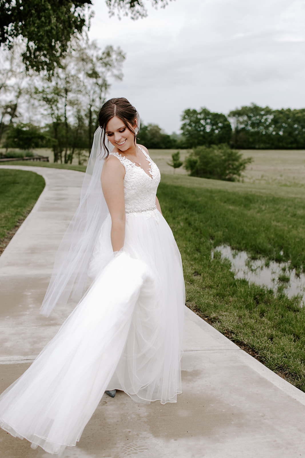Kendra_and_Mattew_Indiana_Wedding_by_Emily_Wehner-367.jpg