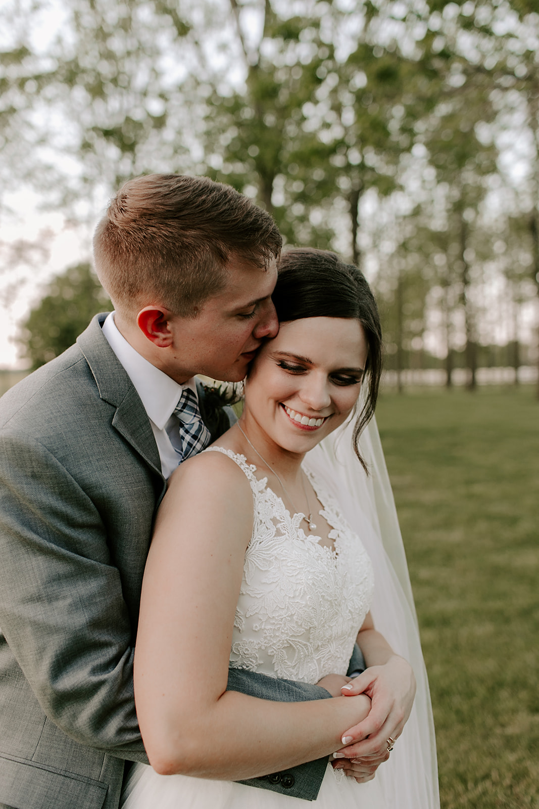 Kendra_and_Mattew_Indiana_Wedding_by_Emily_Wehner-888.jpg