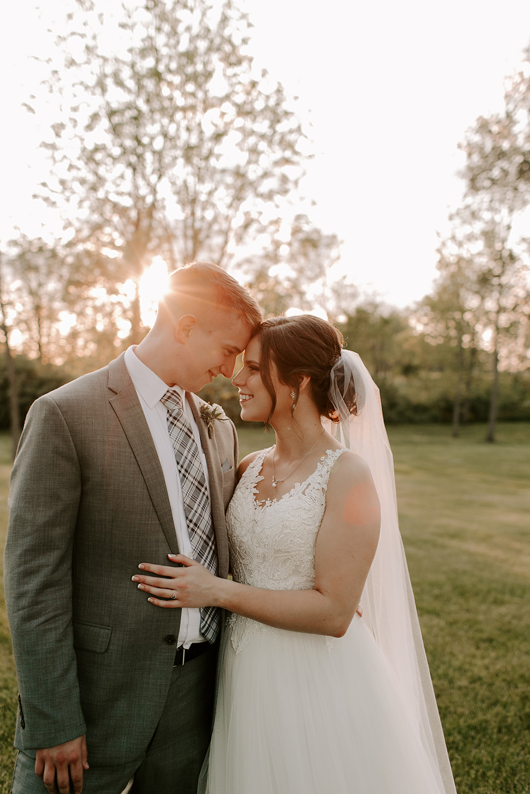 Kendra_and_Mattew_Indiana_Wedding_by_Emily_Wehner-903.jpg
