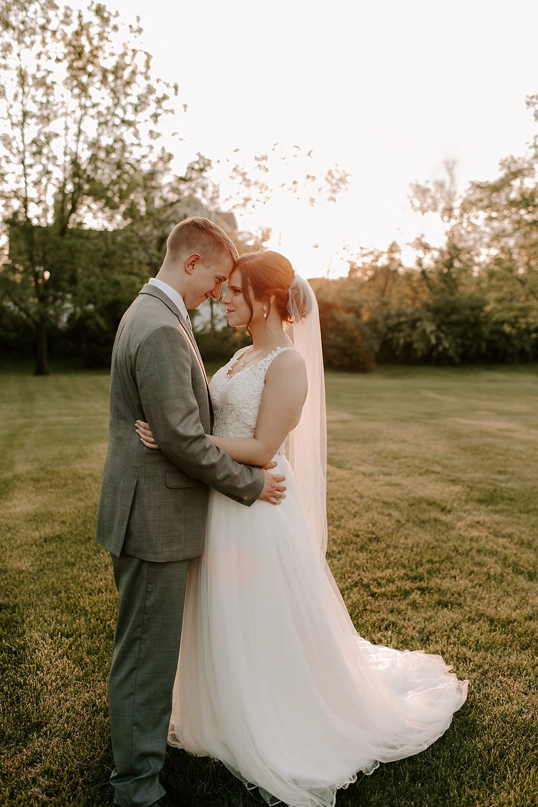 Kendra_and_Mattew_Indiana_Wedding_by_Emily_Wehner-930.jpg