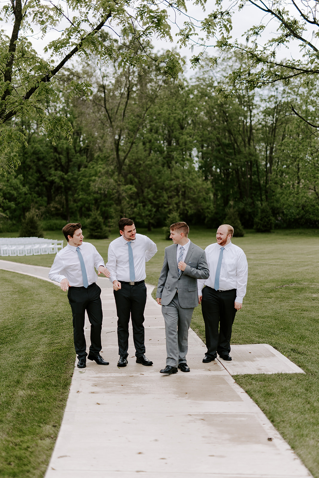 Kendra_and_Mattew_Indiana_Wedding_by_Emily_Wehner-351.jpg