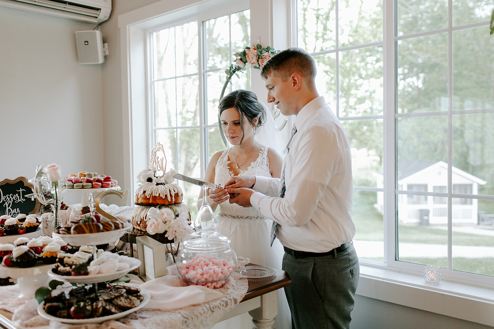 Kendra_and_Mattew_Indiana_Wedding_by_Emily_Wehner-770.jpg