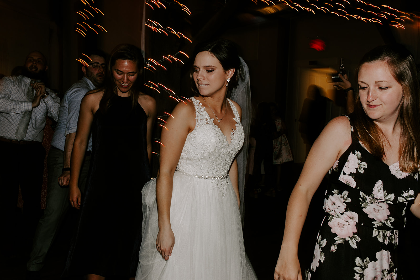 Kendra_and_Mattew_Indiana_Wedding_by_Emily_Wehner-978.jpg