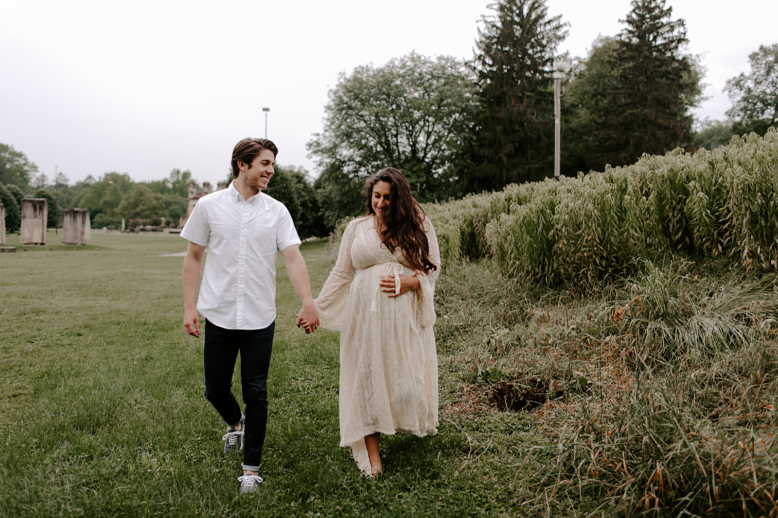 Indianapolis outdoor Maternity Session by Emily Elyse Wehner Photography