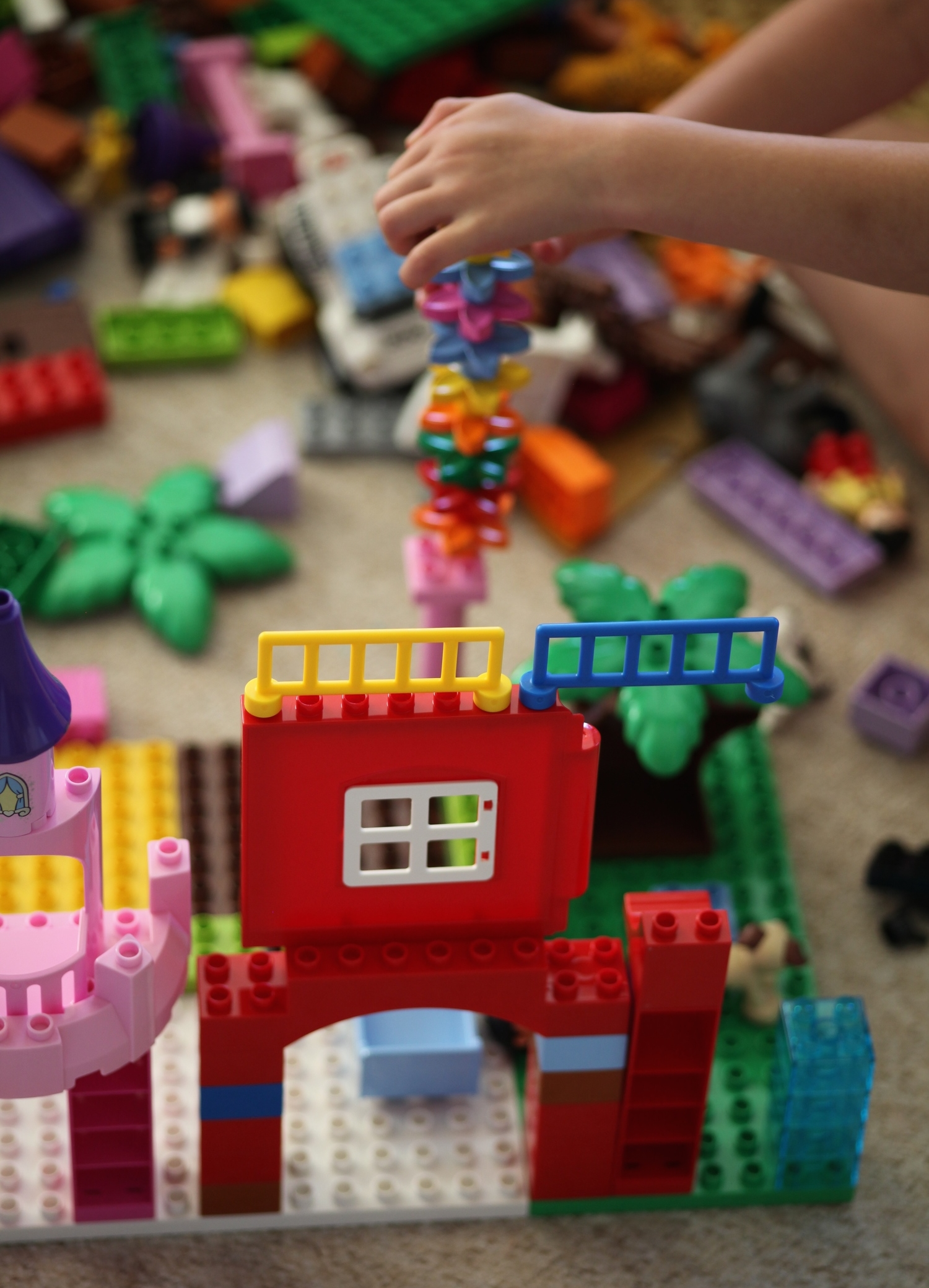 Taking a moment in time: Mini Makes with Lego Duplo