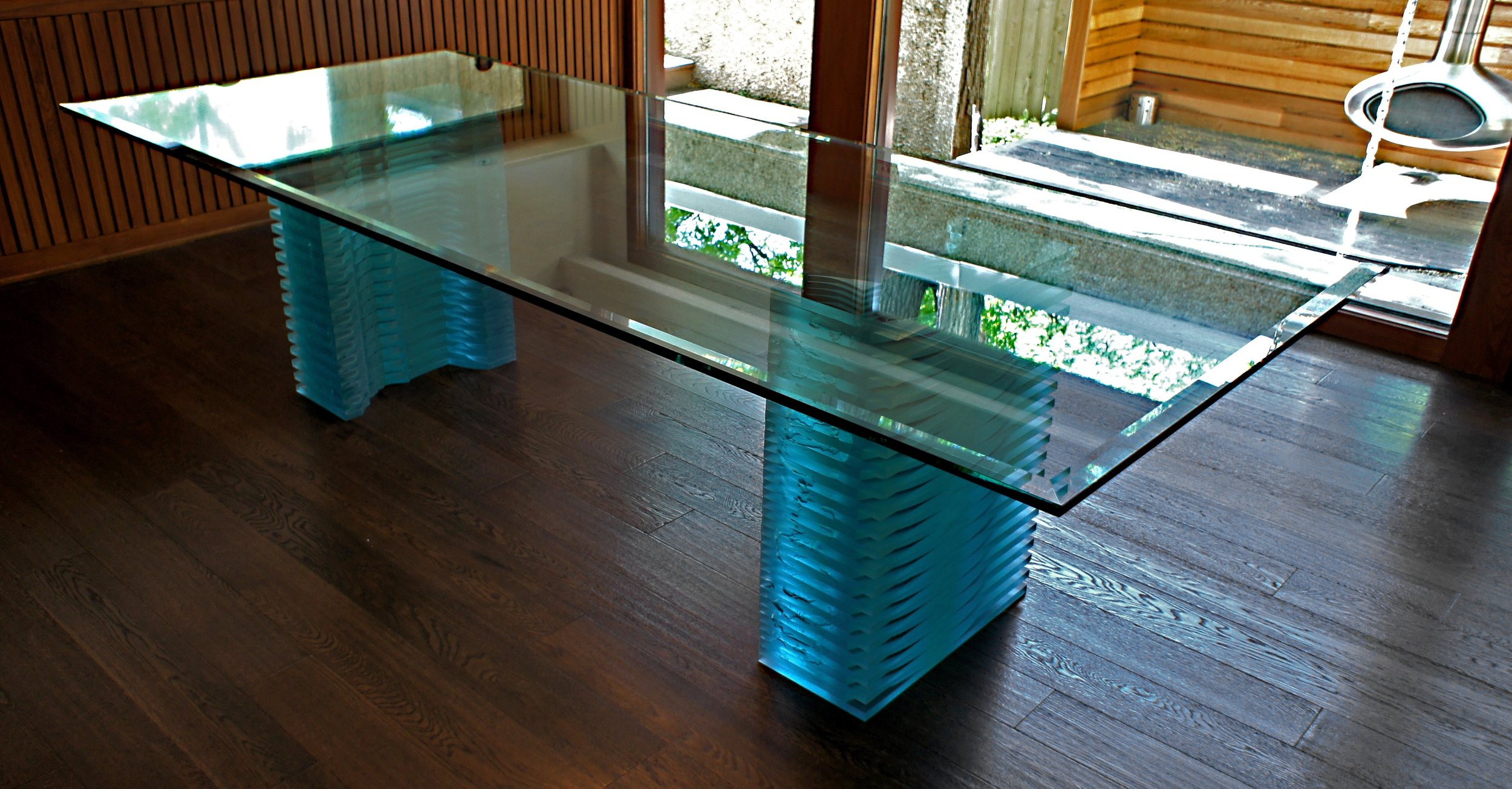 1. Luminatta Table.jpg