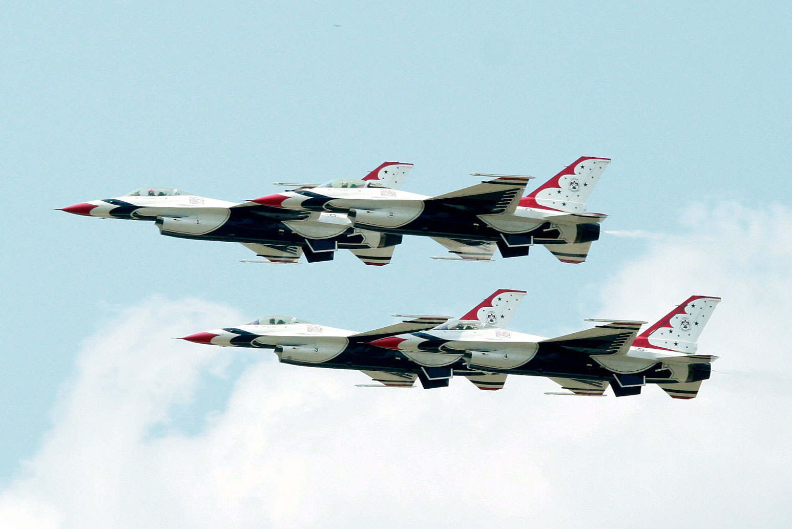 The 2014 Thunder Over Michigan Airshow featured the USAF Thunderbirds.