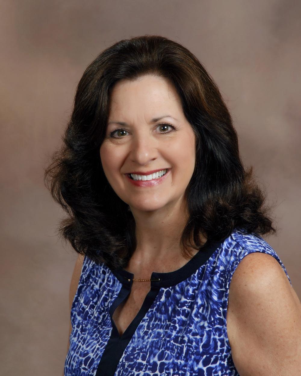 Worship Leader - Lynn Hodges
