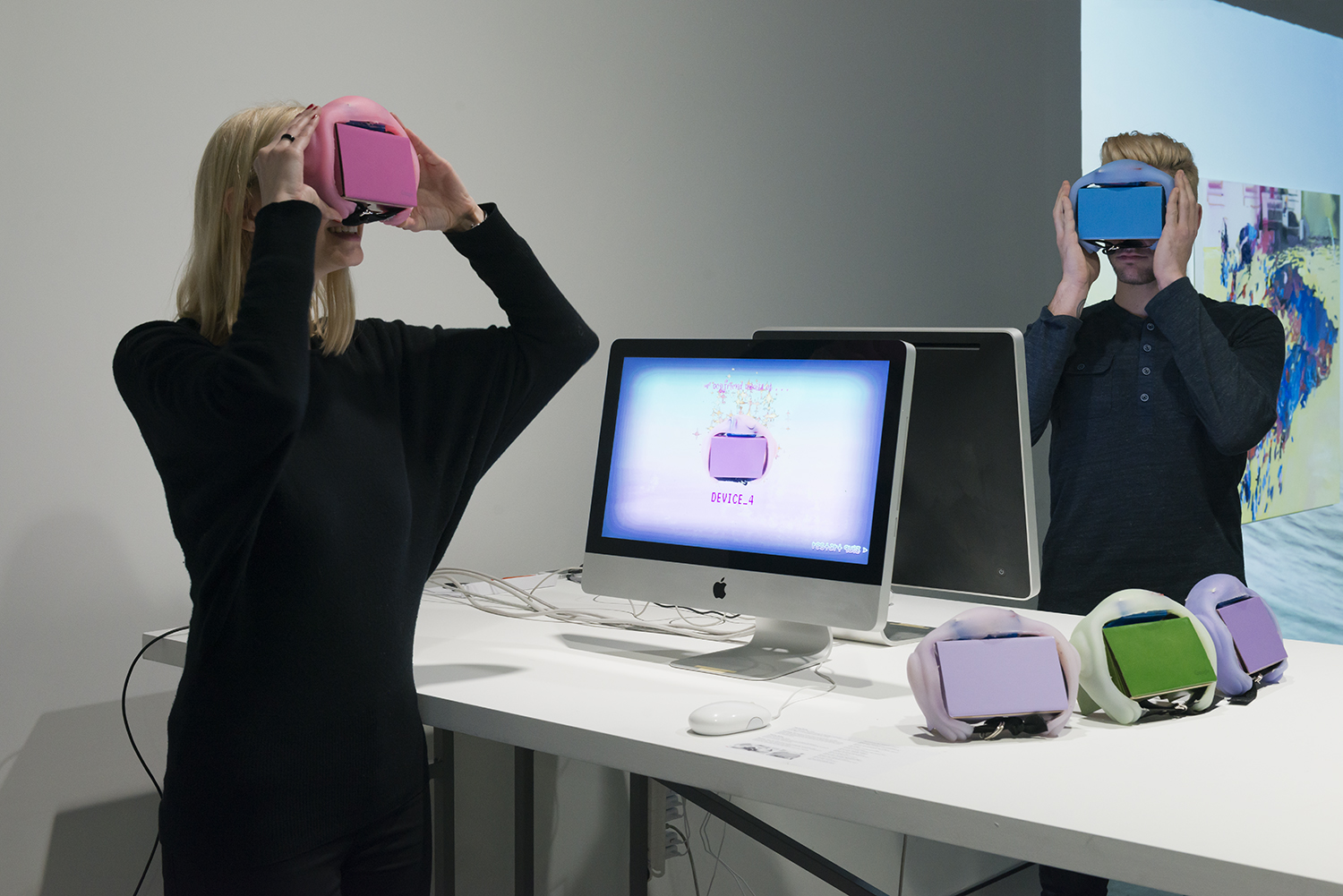Exhibition view THE UNFRAMED WORLD at HeK Basel, artwork: Martha Hipley, Ur Cardboard Pet, 2016 (Installation view, online test and VR experience for Google Cardboard) / Photo by Franz Wamhof