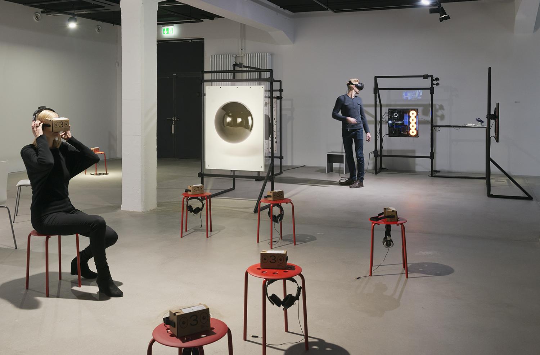 Exhibition view THE UNFRAMED WORLD at HeK Basel, artworks: Rindon Johnson, Meet in the Corner, 2016 / Banz & Bowinkel, Mercury, 2016 / Photo by Franz Wamhof