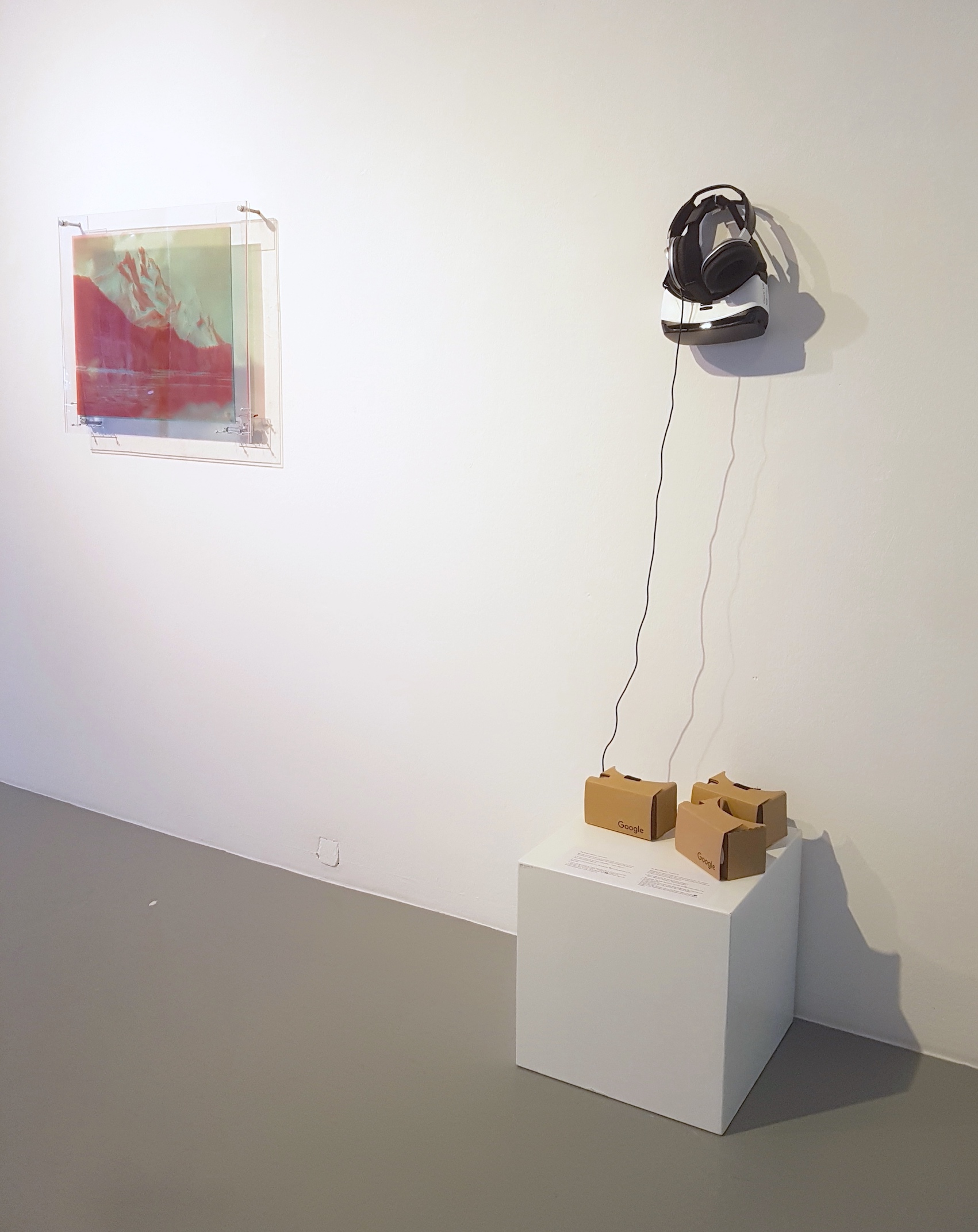 Exhibition view RESET III AND VIRTUAL REALITY, artworks by Judith Sönnicken and The Swan Collective