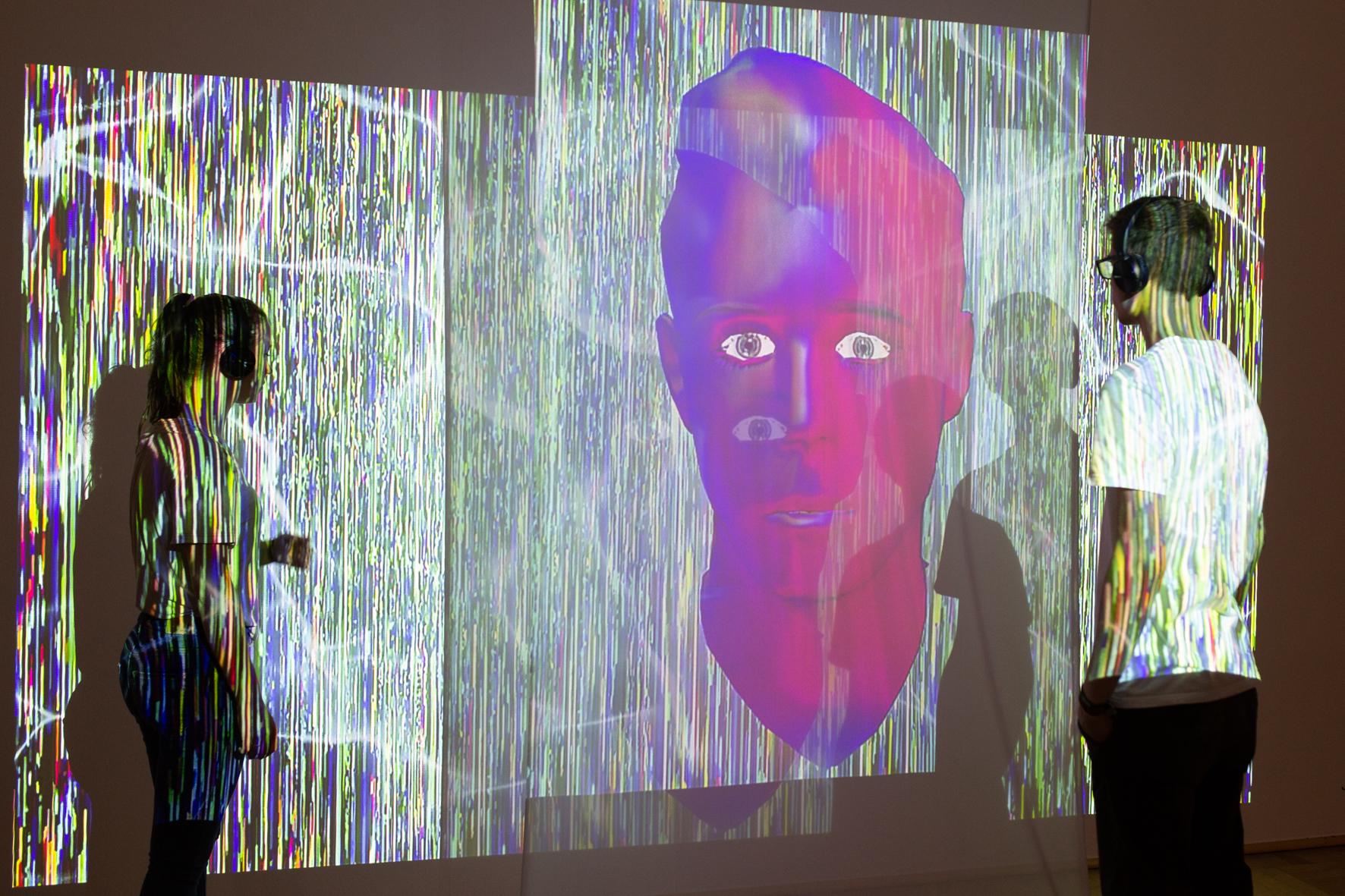 Exhibition view: PENDORAN VINCI, installation by Jonas Blume, photo © NRW-Forum Düsseldorf / Bozica Babic