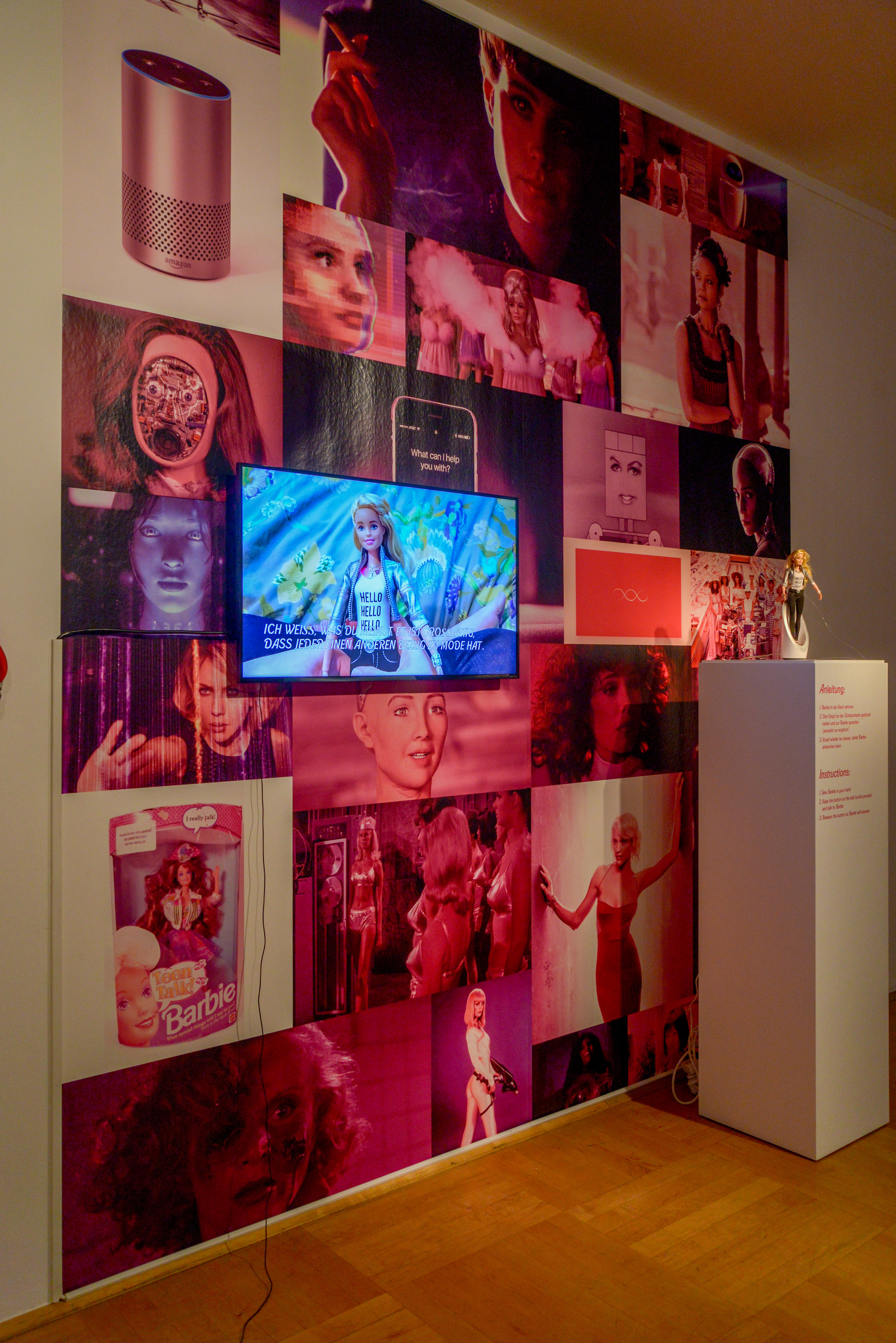 Exhibition view: PENDORAN VINCI, installation by Faith Holland, photo © Jonas Blume, 2018