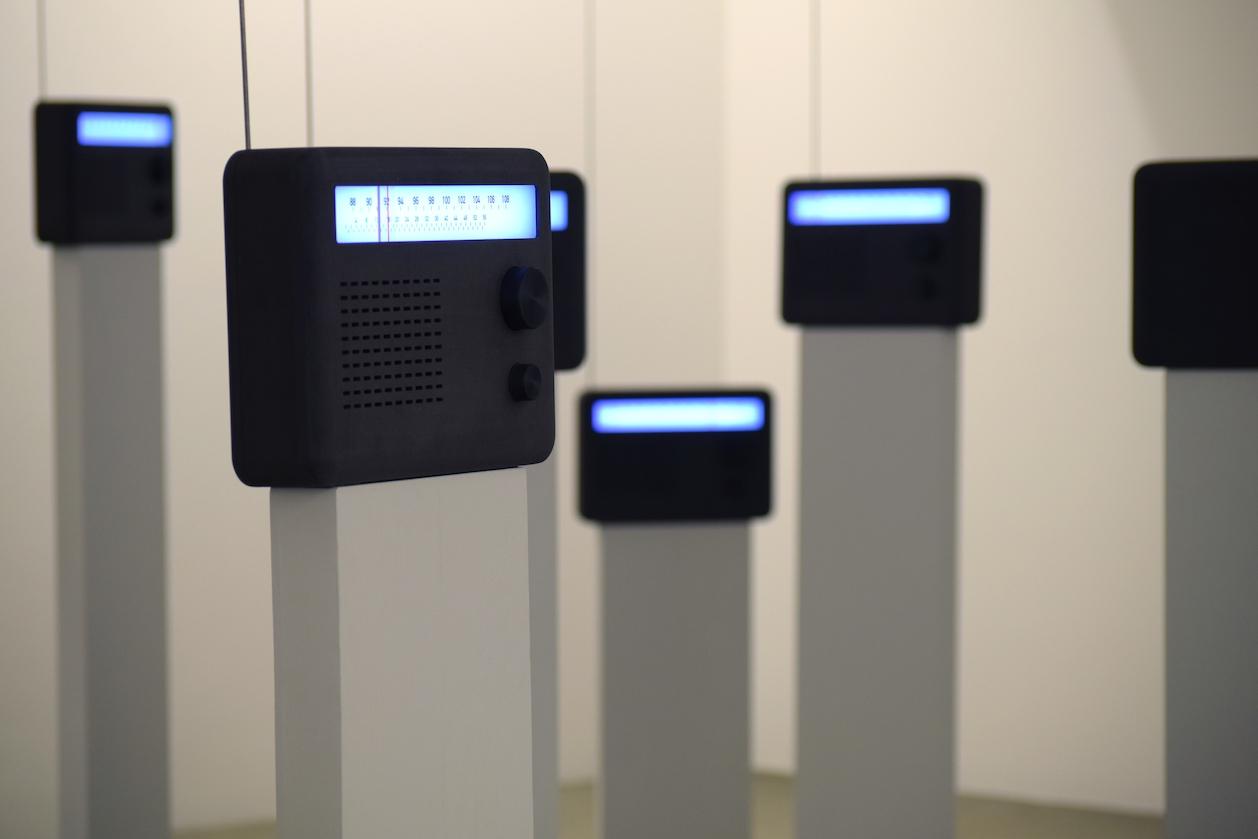 Thom Kubli , Radiosands , HeK Basel, 2019, Image © Aya Imamura