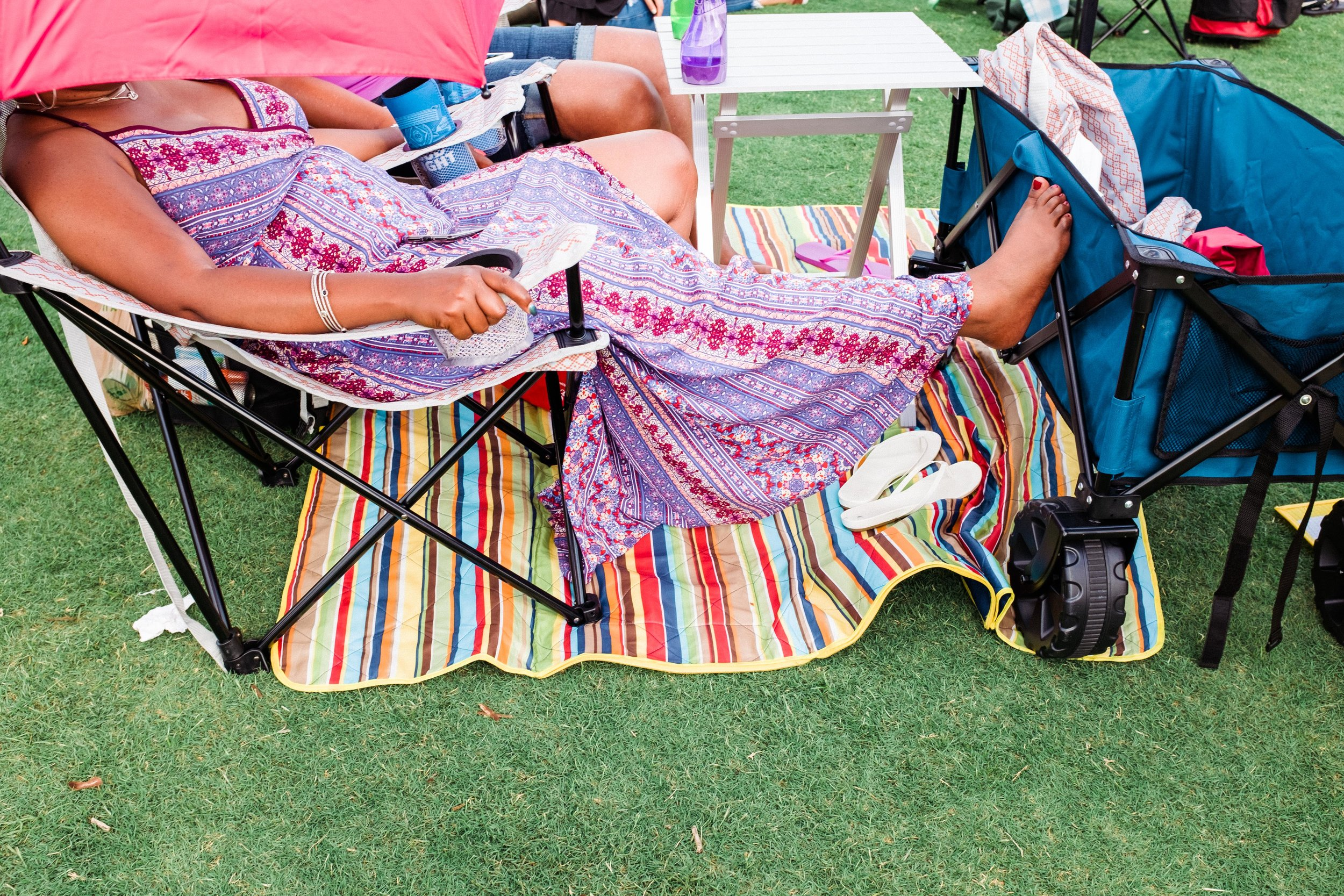 atlanta-jazz-festival-attendee-relaxing-in-chair