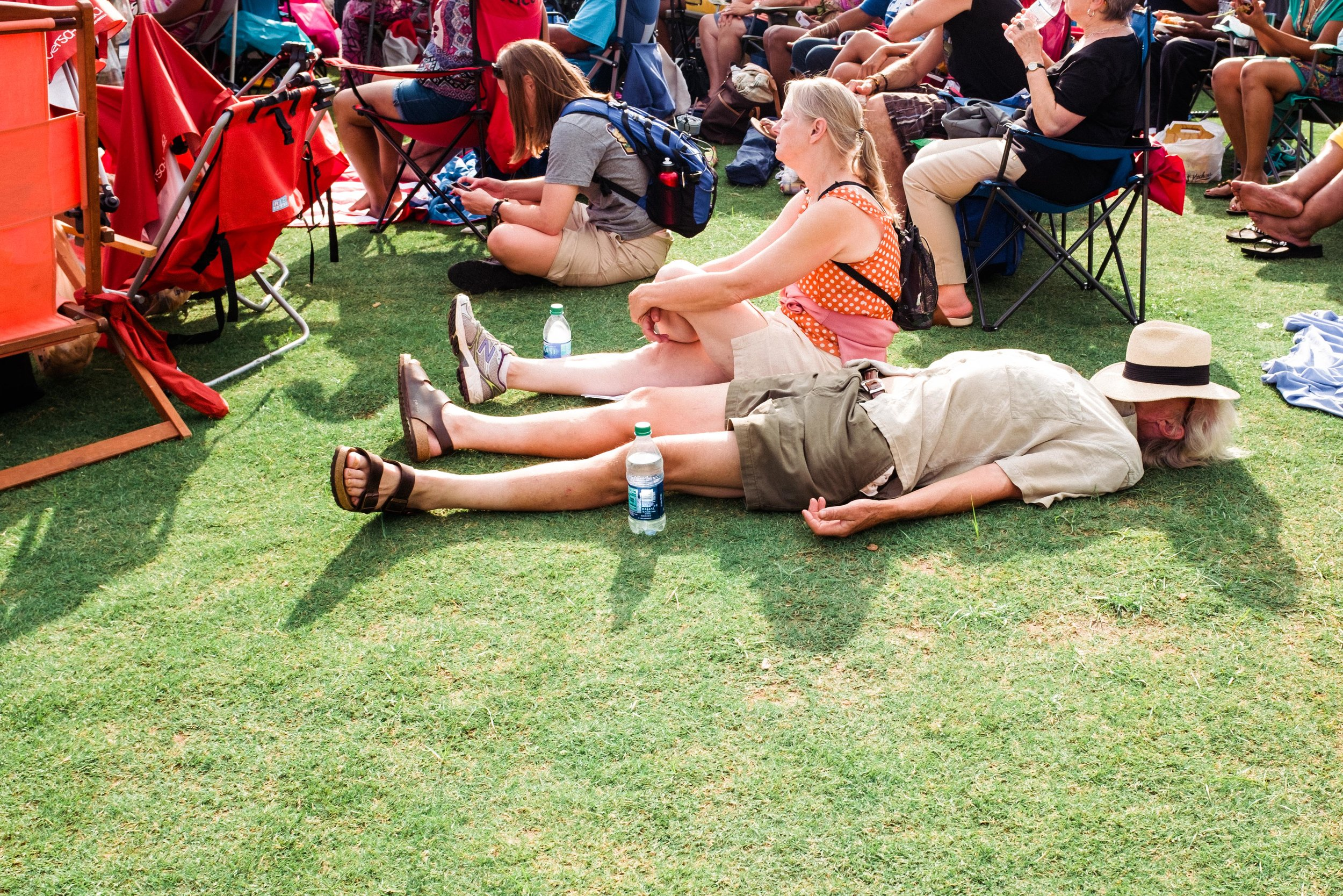 atlanta-jazz-festival-attendees-enjoying-music