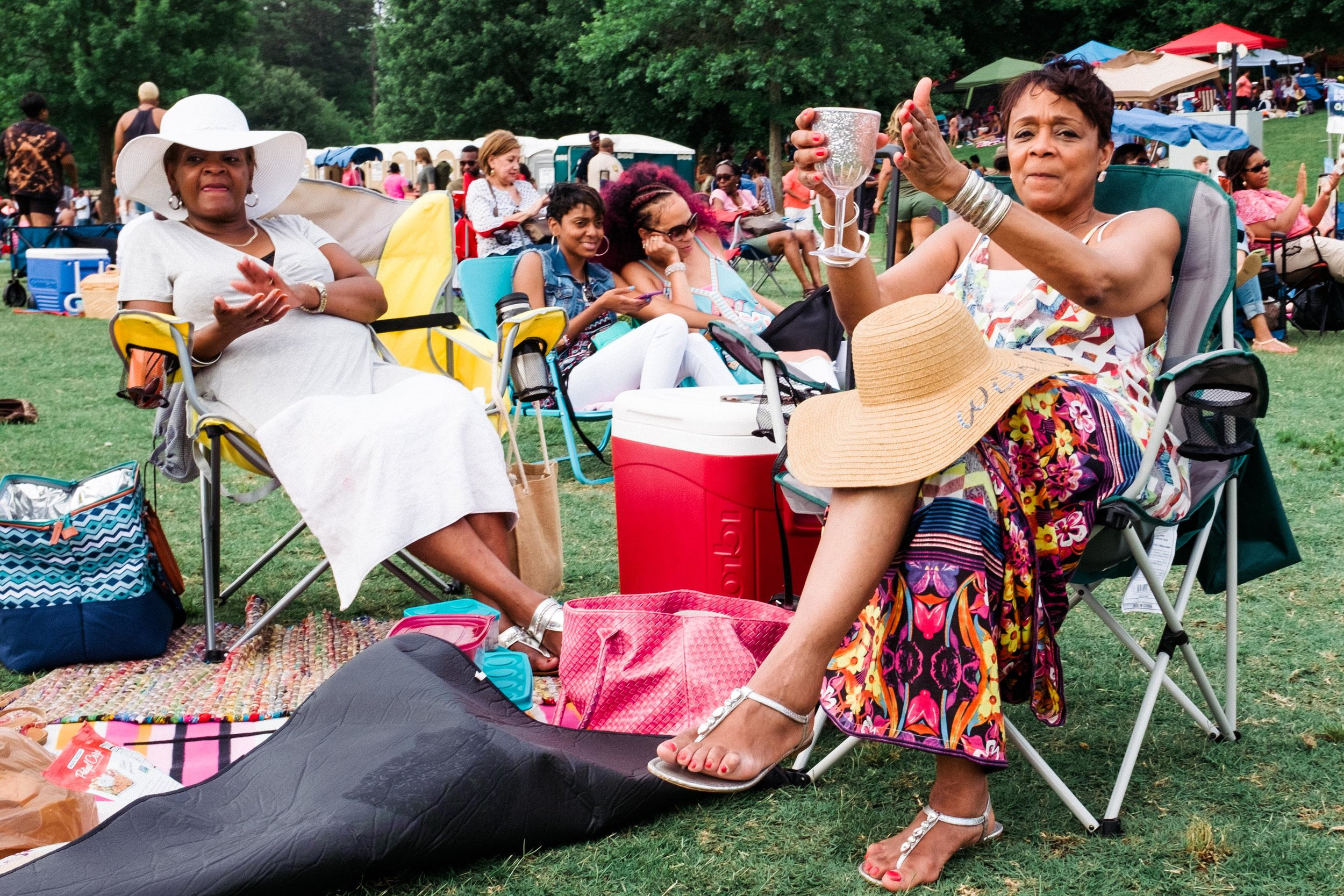 atlanta-jazz-festival-ladies-socializing