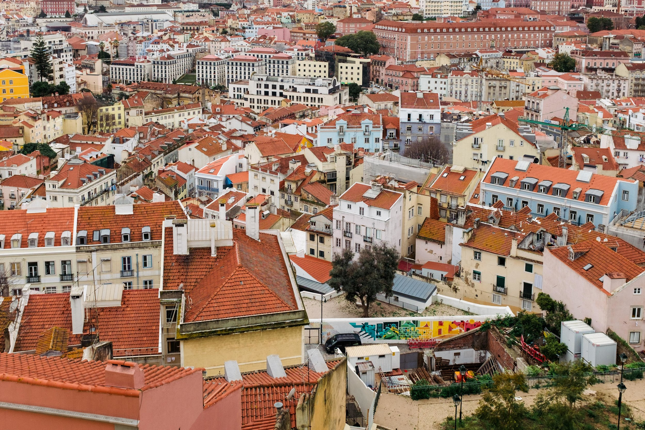 lisbon-portugal-red-rooftops-view