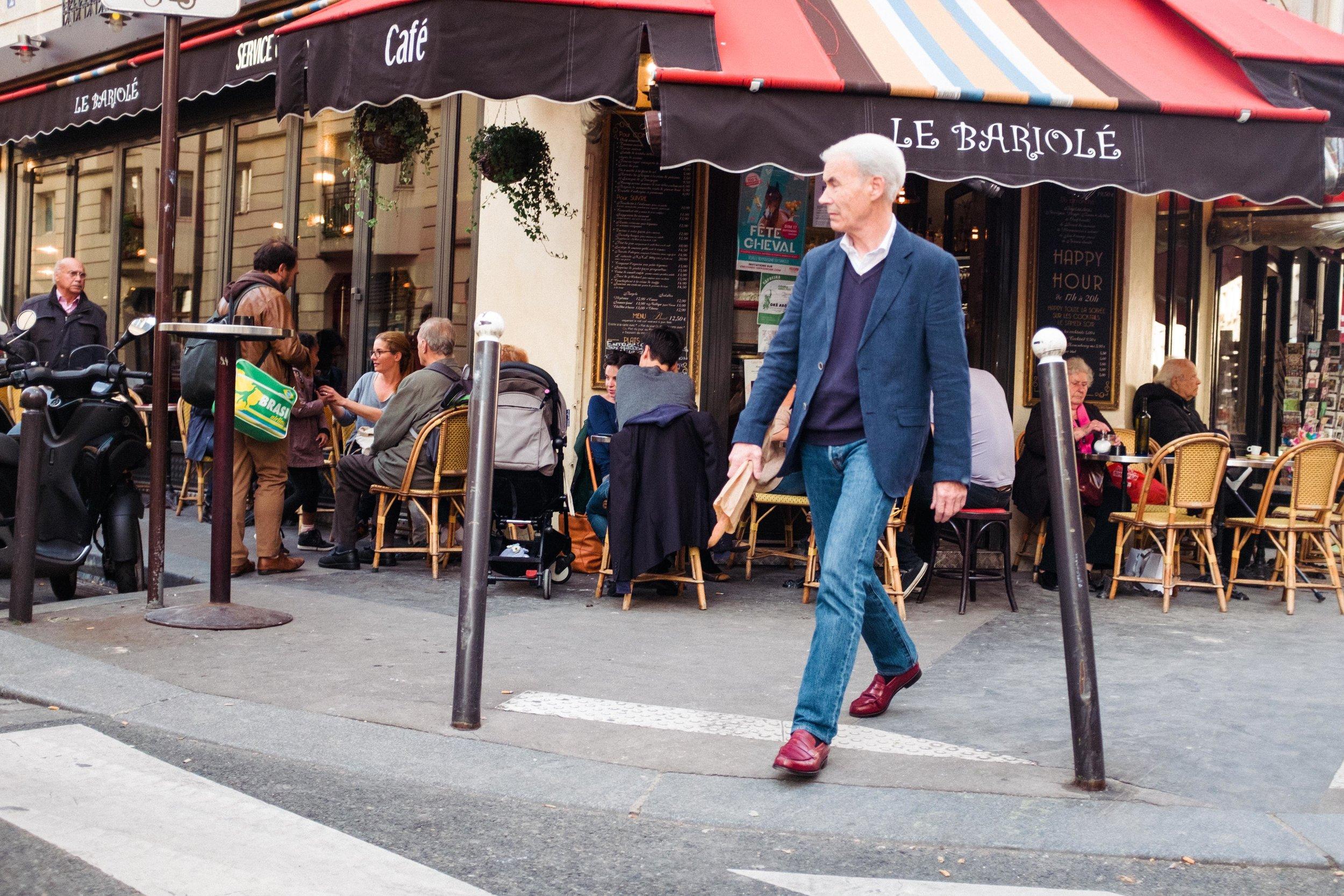 paris-france-belleville-man-with-baguette